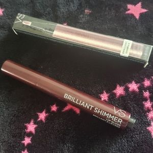 VS DOWNTOWN Brilliant Shimmer Lip Gloss NEW